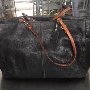 Coach/ F10026/Vintage Leather Large Tote/